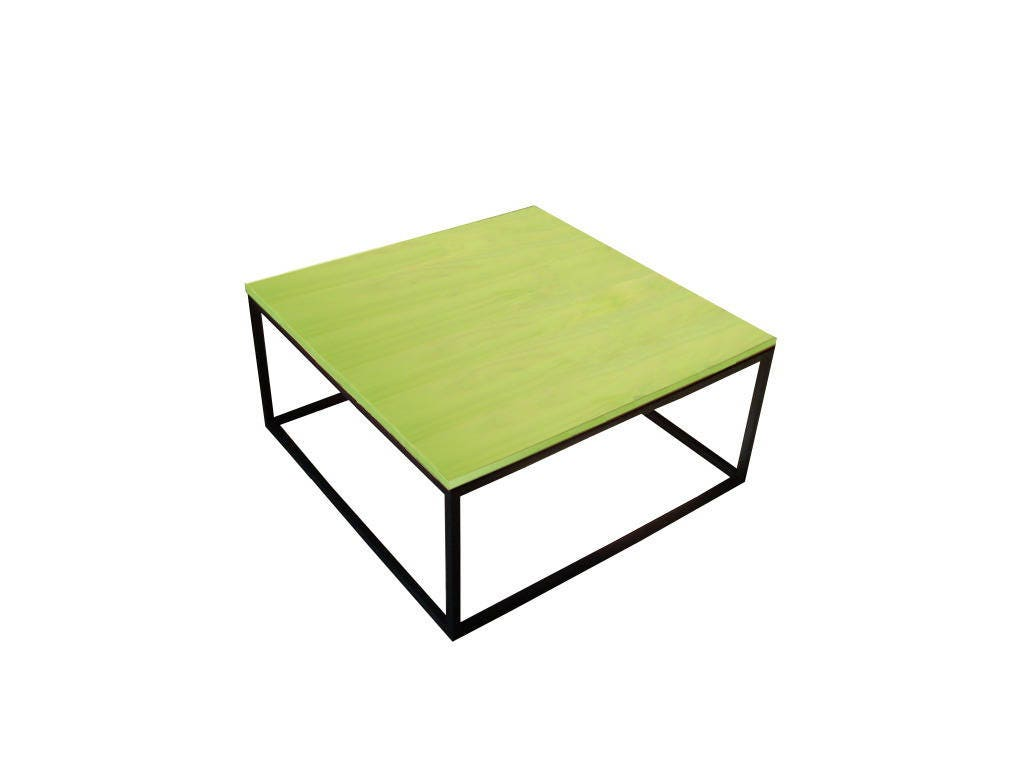 table basse au design fun color e en acier et bois. Black Bedroom Furniture Sets. Home Design Ideas
