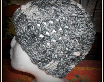 bonnet crocheted pretty stitch color grey black and white