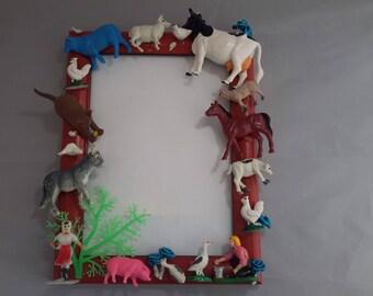 Customize photo frame with farm animals