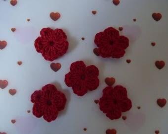 5 red flowers mini crochet