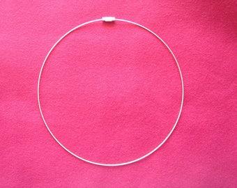 neck stiff steel Silver transparent plastic sheath