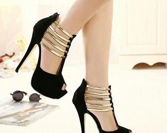 Platform pump High Heels Black Peep