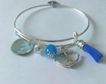 Adjustable Bangle Bracelet. Stainless steel.