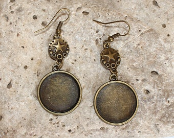 support bronze earrings with round cabochon 20 mm