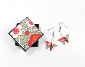 Origami butterflies jewel Stud Earrings in khaki Japanese paper with red and white flowers