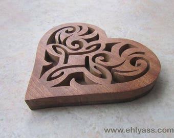 Heart and twists (fretwork) coasters