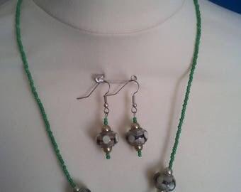 Pearl set necklace earrings