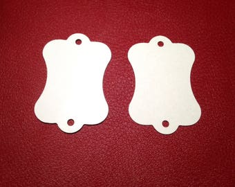 Set of 10 tags / white labels with 2 holes to be personalized