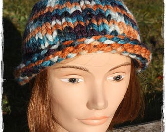 Mixed basic Beanie knitting pattern. Blue, orange, beige and purple.