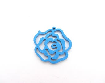 Set of two blue flower pattern wooden beads