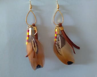 Earrings leather and pheasant feathers