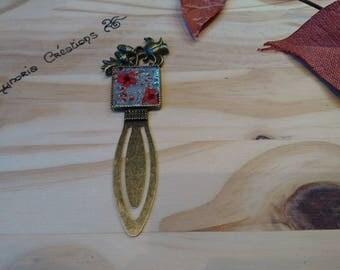 Bookmark bronze inlay flower clip