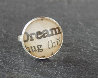 Ivory dream cabochon ring