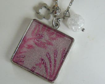"""Sparkling pink"" pendant necklace"