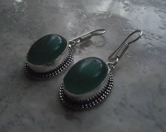 Earrings in 925 sterling silver and green chalcedony