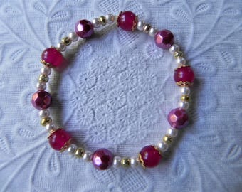 Rose jade gemstone and glass pearls stretch bracelet