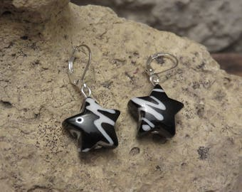 """Earrings sleepers """"collection black and white"""" Star"""