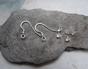 925 sterling silver, 1 pair (2 pieces) Crochet sleeper earrings... Silver.