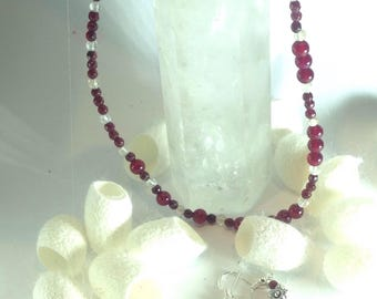 C Necklace and earrings with garnet and agate