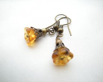 Earrings ' all small flowers of amber beads '