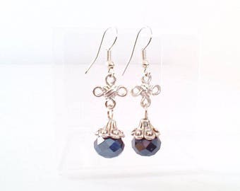 Earrings ' black and small Pearl knot '