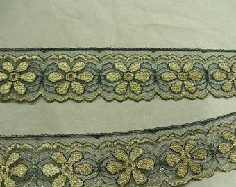 Gold - 4 cm - flower pattern lace