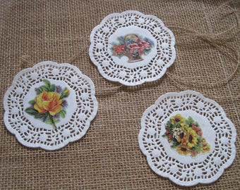 Set of placemats, paper flowers, embellishment, scrapbooking, tags