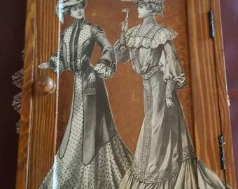 Small box with keys tinted oak N 288 prints fashion 1900
