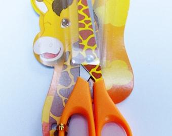 1 pair of scissors giraffe animal drawing piece for children 13 cm round