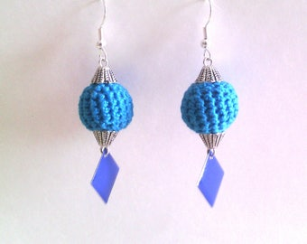 blue ball: crocheted earrings and sequins