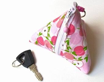 Coin purse and peach Triangular keychain