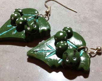 Caterpillars leaf earrings, polymer clay