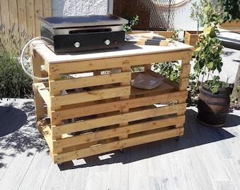 Outdoor furniture pallet on wheels