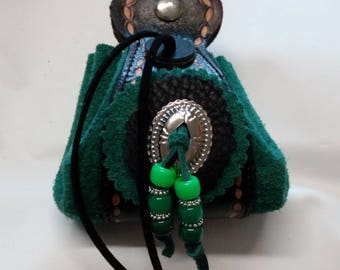 small purse or pouch country style