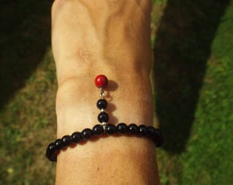 Black Pearl and Red charm bracelet
