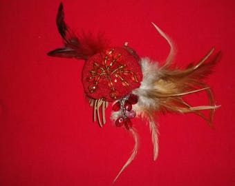 brooch made of feathers, lace and vintage beads
