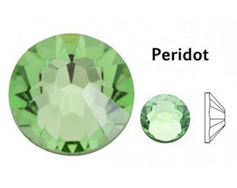 Flatback Swarovski Crystal 2028 Peridot SS9 ( No Hotfix)