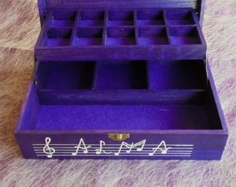 Wooden jewelery box, Personalized box with musical motifs, Hand-painted jewelry box, Wedding gift, Treble clef and violin