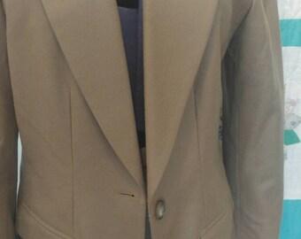 Vintage 1980s ladies Pendleton suit, jacket size 10, skirt size 6
