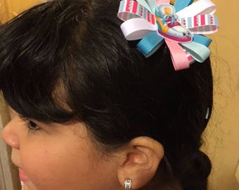 Flower bed hair bow