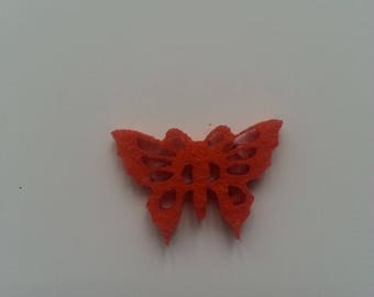 petit papillon en feutrine orange /rouge 30*20mm