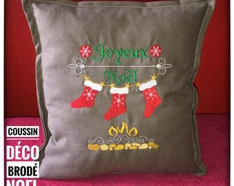 Deco pillow embroidered