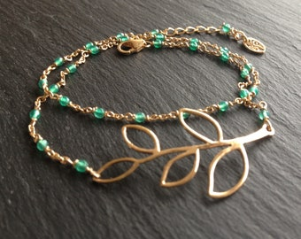 Bracelet doubles tour, gold plated leaves and green onyx stones