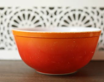 Vintage Pyrex 403 Flameglow Flameglo Mixing / Nesting Bowl / Red Orange Ombre