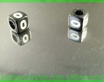 number 0 cube bead 6 mm black and white plastic