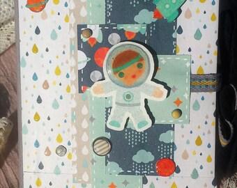 Mini photo album astronaut