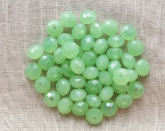 20 glass faceted Abacus 8 x 6mm LBP00189B green beads