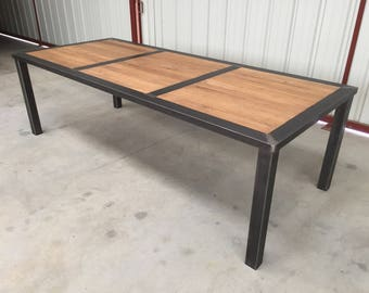 Table of metal and wood dining room with or without extension