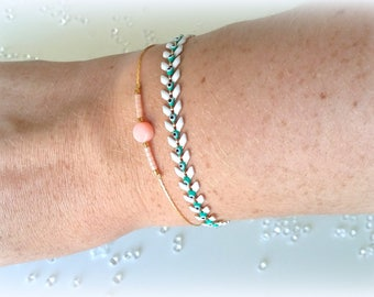 Bracelet double chain natural glazed white COB coral bead and turquoise chain serpentine beads Miyuki pink powder and gold-plated