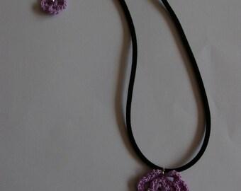 jewelry, purple necklace with a Purple Heart Rhinestone flower double crochet